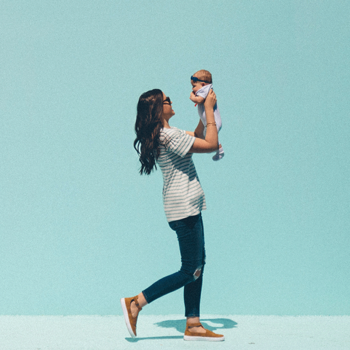 How To Juggle Motherhood and Work-life